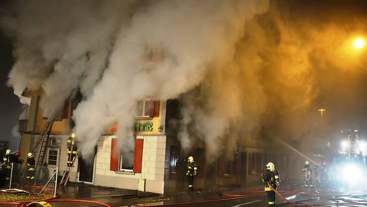 Verletzt wurde niemand, doch der Sachschaden ist gross: Brand in Weinfelden.