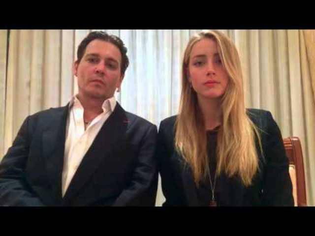Johnny Depp and Amber Heard entschuldigen sich und rufen dazu auf,  sich an die australischen Gesetze zu halten.