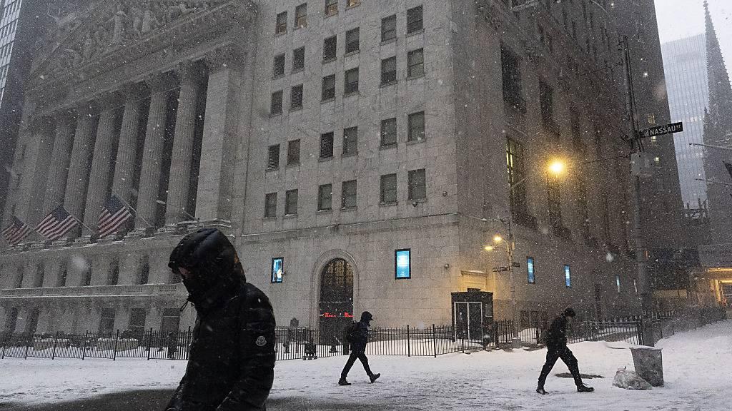 Wintereinbruch legt New York lahm