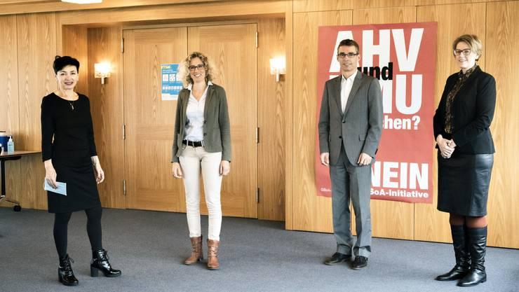 Gegen die Initiative, von links: CVP-Präsidentin Marianne Binder, GLP-Fraktionschefin Barbara Portmann, FDP-Präsident Lukas Pfisterer und SVP-Fraktionschefin Désirée Stutz.