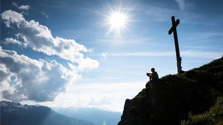 Die Freidenker wollen nicht nur die Gipfelkreuze abmontieren.Ehrenzeller/Key