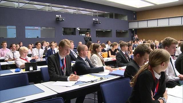 Flüchtlings-Krise auch im Jugendparlament Hauptthema