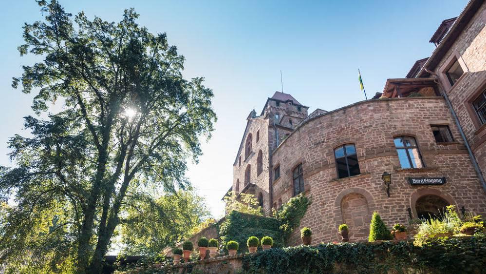 Die Burg Berwartstein in Erlenbach bei Dahn