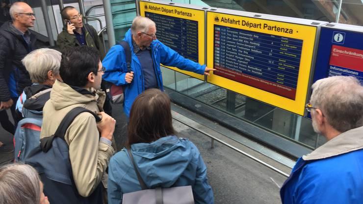 Verspätungen und Zugausfälle am Bahnhof Bern wegen einer Stellwerkstörung (2)
