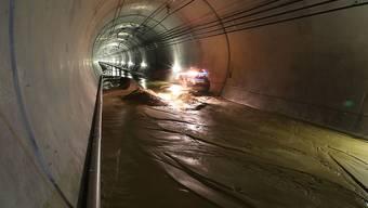 In der Oströhre des Lötschberg-Basistunnels hat es wieder einen Wasser-und Schlammeinbruch gegeben. (Archivbild)