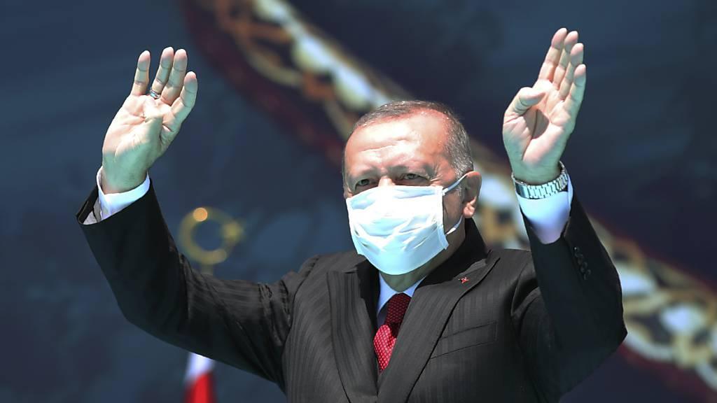 Corona zwingt türkische Wirtschaft in die Knie