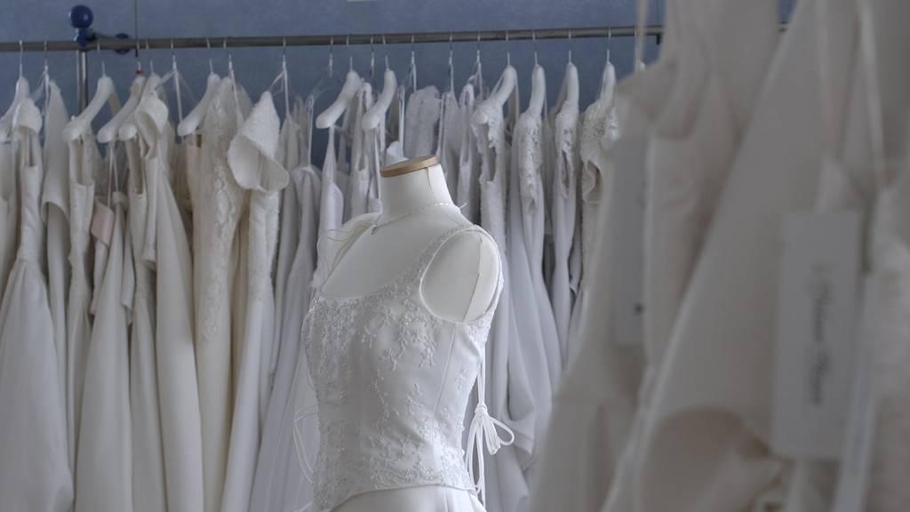 Drei Brautkleider wurden aus einem Nähatelier gestohlen. (Symbolbild)