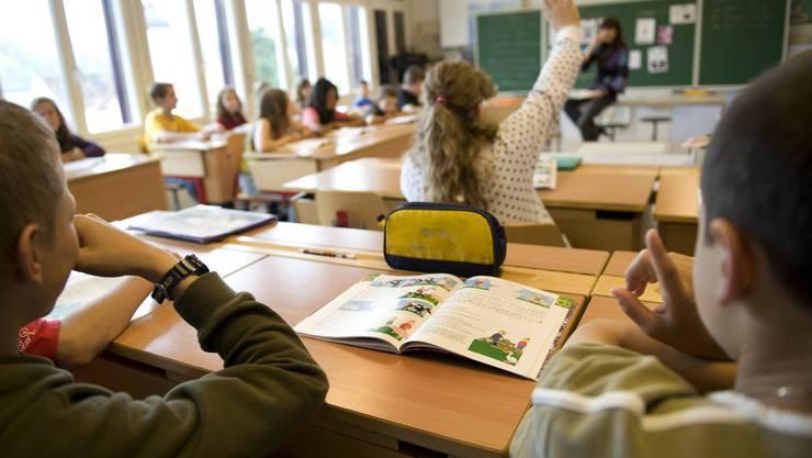 Gemäss den aktuellen Prognosen steigt die Anzahl Schülerinnen und Schüler in der Stadt Zürich bis 2020 von derzeit 26'900 auf über 30'000. (Symbolbild)