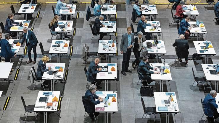 Blick in den Tagungssaal des Grossen Rates in der Umweltarena in Spreitenbach.