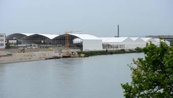 Der Rheinuferweg kann trotz der Sanierung weiter gebaut werden.