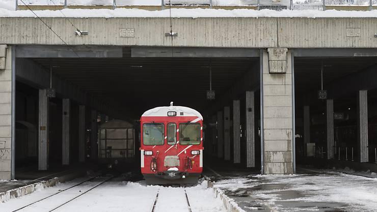 Zwischen Visp VS und Zermatt VS ist die Strecke für den Bahnverkehr unterbrochen. (Archivbild)