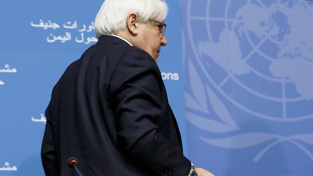Die ersten Jemen-Gespräche seit zwei Jahren sind gescheitert, bevor sie überhaupt beginnen konnten: Uno-Vermittler Martin Griffiths verlässt das Podium nach einer Pressekonferenz in Genf.
