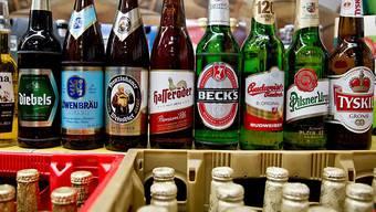 Der Brauereiriese Anheuser-Busch verkauft die Traditionsbrauereien Hasseröder und Diebels. (Archiv)