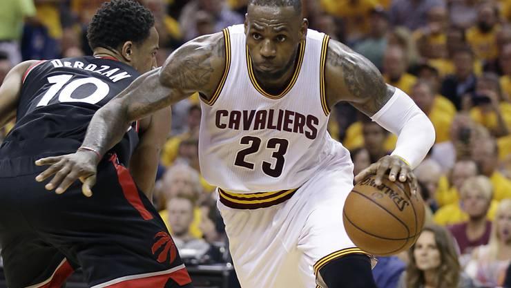 Clevelands Superstar LeBron James (23) verbuchte 24 Punkte und war damit zweitbester Werfer seines Teams
