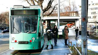 Das 8er Tram fährt zurzeit nur bis Kleinhüningen.