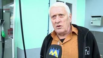 Peter Willi beleidigte Polizisten, da sie seine Kundin kontrollierten. Die Busse dafür zahlte er nicht, deshalb stand er nun vor dem Obergericht.
