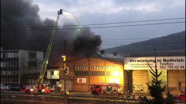 AZ-Leservideos vom Grossbrand in Rothrist