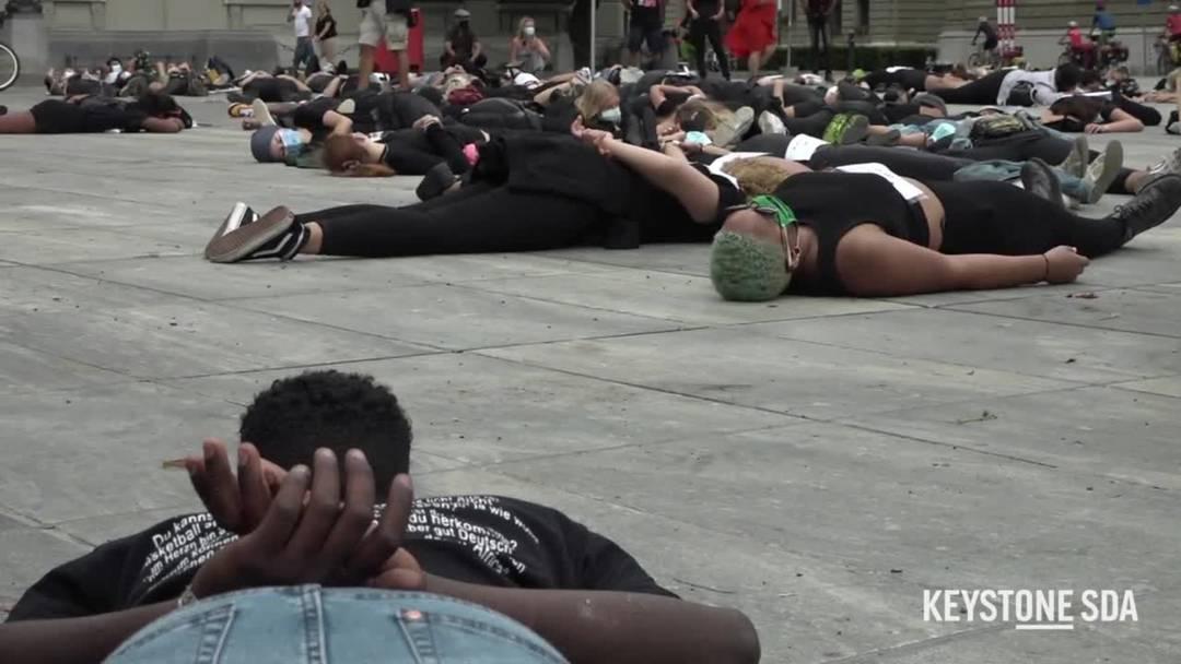 200 Menschen demonstrieren in Bern gegen Rassismus