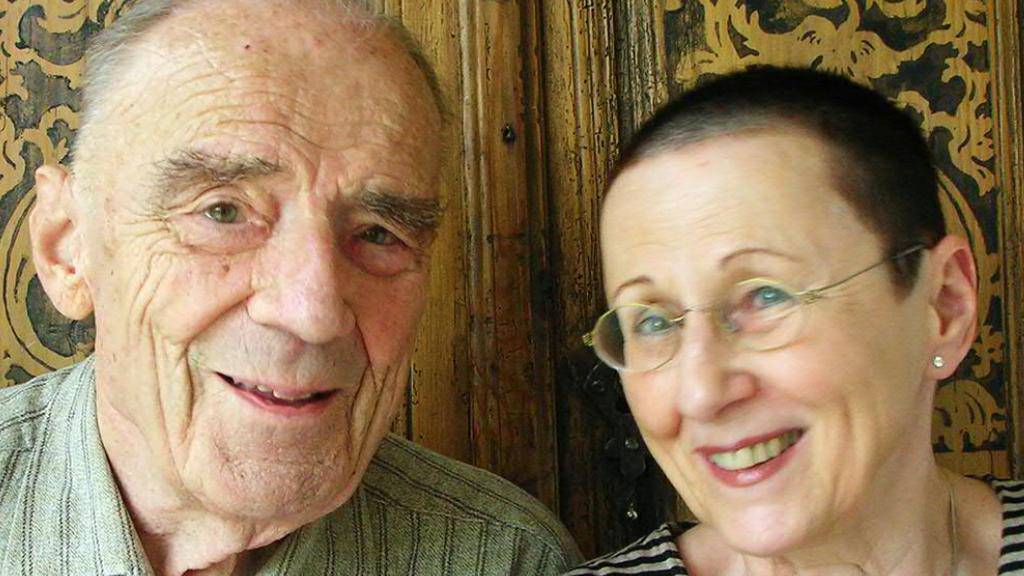 Der ehemalige Patron des Kochgeschirrherstellers Jacques Kuhn ist im Alter von 97 Jahren gestorben: Als über 90-Jähriger schrieb er gemeinsam mit seine Frau Roswitha drei Krimis. (Bild: Gmeiner-Verlag)