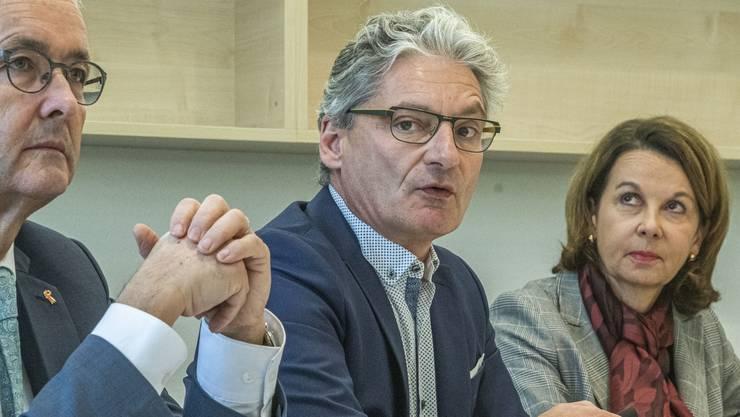 Der Laufner Stadtpräsident Alex Imhof (Mitte) verhandelte mit Kanton und KSBL über das Gesundheitszentrum.