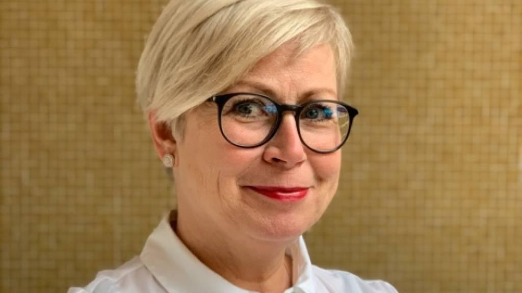 Maskenleiterin Annette Kaim - Herrin über 1000 Perücken