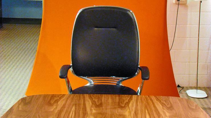 LEERER SESSEL: Wer sitzt ab Neujahr auf dem Präsidentenstuhl? IBA