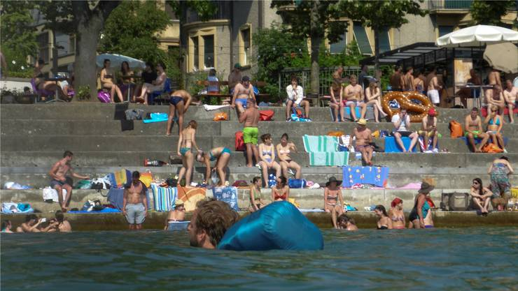 Immer mehr Menschen leben in Basel