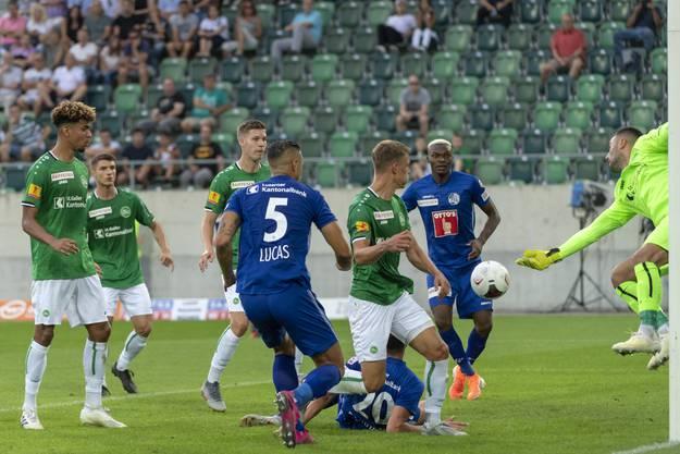 Impressionen vom ersten Spiel der Saison gegen St. Gallen.