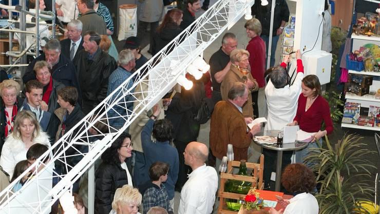 2003 fehlte es der Gewerbeausstellung «Mega03» nicht an Publikum. Archiv/az