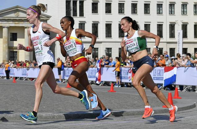 Martina Strähl (vorne) konnte über weite Strecken des Marathons mit der absoluten europäischen Spitze mithalten.
