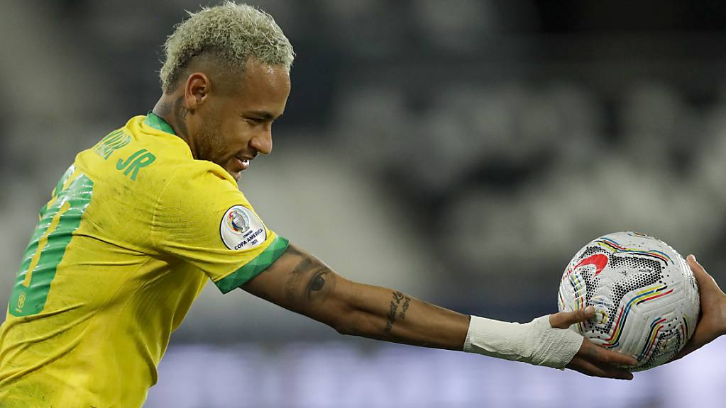 Brasiliens Stürmer Neymar will den Copa-Titel im eigenen Land behalten