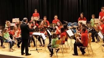 Die Jugendmusik Aaregäu zeigte unter der Leitung von Roland von Arb eine beeindruckende Leistung.