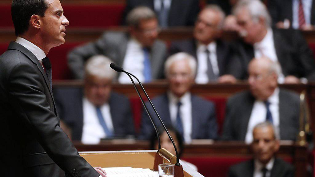 Frankreichs Regierungschef Manuel Valls schliesst in seiner Ansprache vor der Nationalversammlung die Unterstützung einer regionalen Bodenoffensive gegen den IS nicht aus.