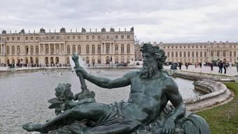 Blick auf das Schloss Versailles des französischen Sonnenkönigs Ludwig XIV. (Archiv)