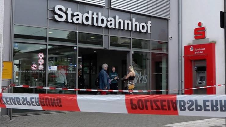 Der Bahnhof Iserlohn in Nordrhein-Westfalen im Westen Deutschlands wurde nach der Bluttat abgesperrt.