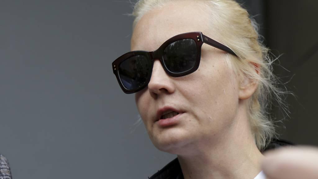 Modestrecke mit Julia Nawalnaja in deutscher «Harper's Bazaar»