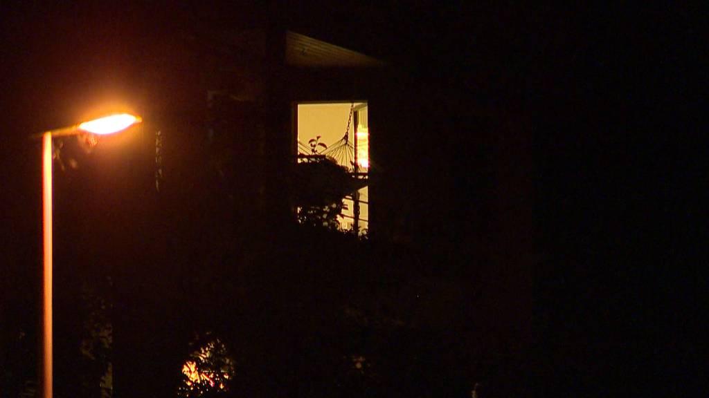 Grosseinsatz in Sattel (SZ): Vater wollte Tochter töten