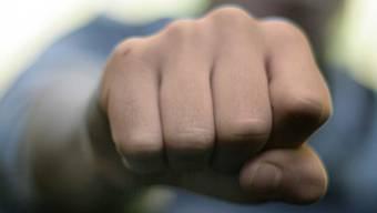 Prügel für einen Kinderschänder: Ein Vater blieb in Hannover straffrei. (Symbolbild)