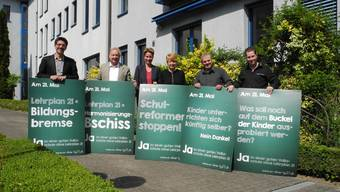 (V. l. n. r.) René Steiner, Peter Brotschi, Beatrice Sterki, Nicole Hirt, Beat Künzli und Philippe Ebener präsentierten ihre Abstimmungs-Slogans.