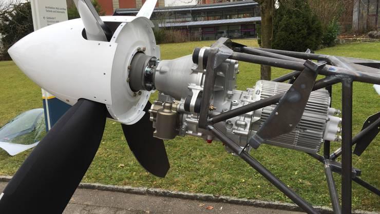 Da ist viel weniger dran: Elektroflugzeuge sind im Kommen. Hier der Motor des Hochleistungs-Kunstflugzeugs MSW Aviation E-Votec 221 von Evolaris und Berner Fachhochschule.