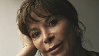 Die chilenische Schriftstellerin Isabel Allende sprach in Berlin Klartext über die lateinamerikanischen Männer. (Archiv)