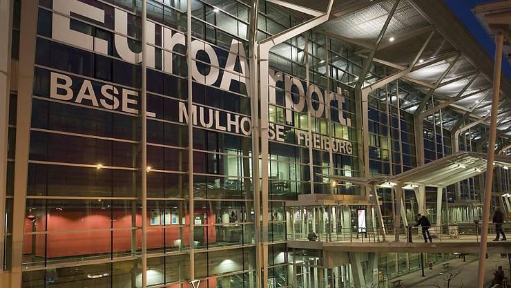 Am Sonntagabend flog zum letzten Mal ein Swiss-Flugzeug ab Basel-Mülhausen (Archiv)