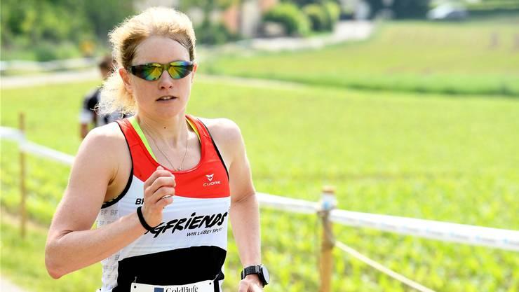 Petra Eggenschwiler liebt es, wenn es bergauf geht. Am diesjährigen Hallwilerseelauf hat sie gute Chancen auf die Top-Ränge.