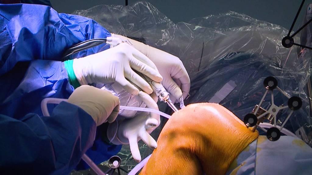 Mako: Wenn Roboter die Welt der Chirurgie erobern!