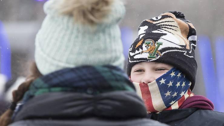 In den USA dürften bis zu 70 Millionen Menschen Silvester bei Kältewarnungen feiern.