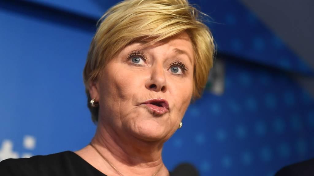 Siv Jensen, Chefin der rechtspopulistischen norwegischen Fortschrittspartei und Finanzministerin, kündigt am Montag in Oslo an, dass ihre Partei aus der Regierungskoalition austritt.