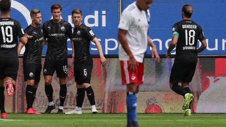 Hängende Köpfe beim HSV: Wieder verpasst der Hamburger Sportverein die Barrage