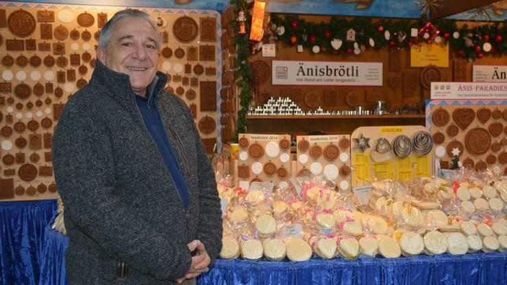 Linus Feller ist seit 30 Jahren immer am Basler Weihnachtsmarkt.
