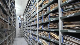 Mit dem Öffenlichkeitsgesetz sollen alle Einblick in die Verwaltung erhalten. Das Gesetz hält aber auch fest, dass der Zugang zu Dokumenten kosten kann.