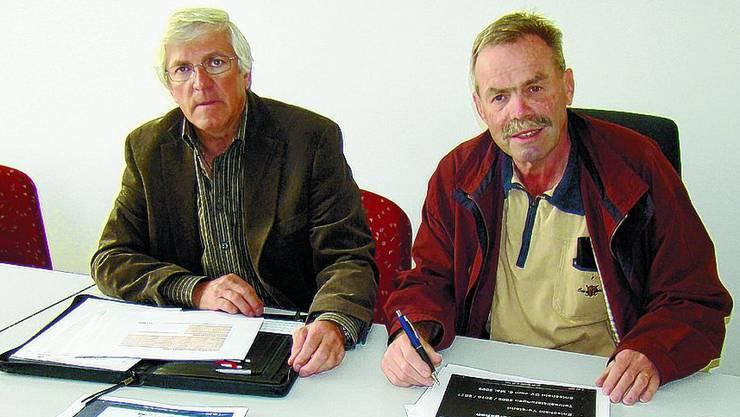 Kabelspezialisten Kuno Schwarzenbach (links) und Hans Lauper.